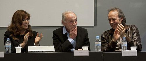 Oriol Regàs durante la presentación de sus memorias «Los años divinos» junto a Maria del Mar Bonet y Joan Manuel Serrat. © Julio Carbó