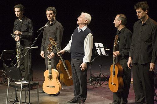 De izquierda a derecha: Pau Domènech, Joan Urpinell, Raimon, Miquel Blasco y Fernando Serena. © Xavier Pintanel