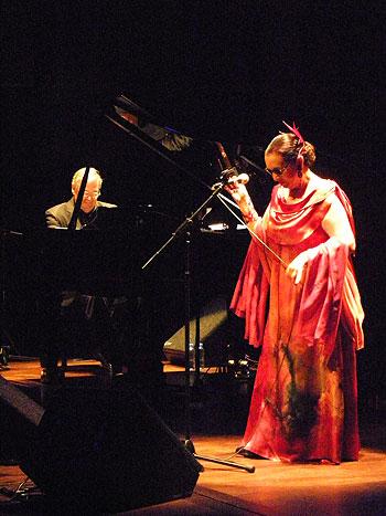 Martirio y José María Vitier el pasado 20 de mayo en l'Auditori de Barcelona. © Federico Francesch