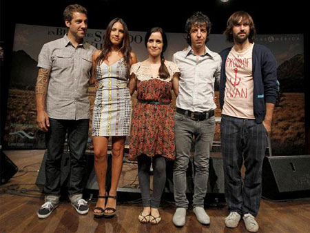 Julieta Venegas, David Otero, Marc Ros, Jesús Antúnez e India Martínez. © EFE