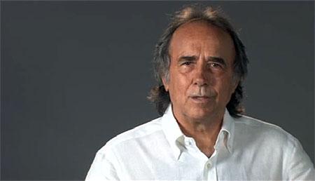 Joan Manuel Serrat en un fotograma del spot «Todos por Lorca»