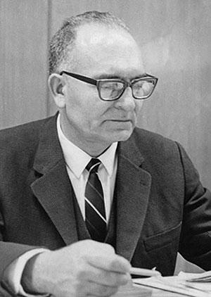 Edmundo Pérez Zújovic