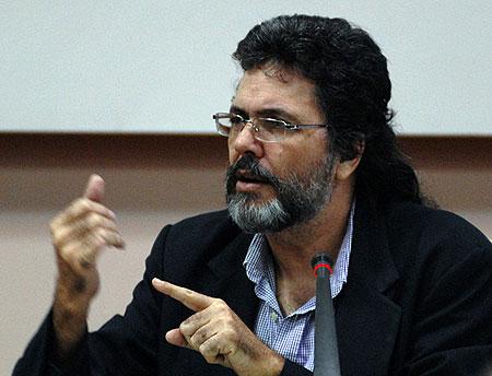 El ministro de Cultura de cubano, Abel Prieto.