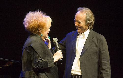 Núria Feliu y Joan Manuel Serrat. © Xavier Pintanel