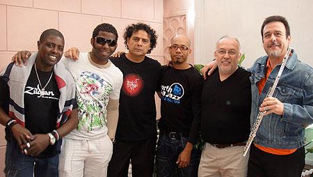 La banda chileno-cubana Dhar .