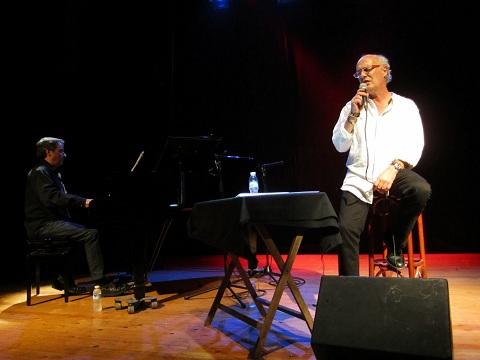 Joan Isaac acompañado al piano por Enric Colomer© Carles Gracia Escarp