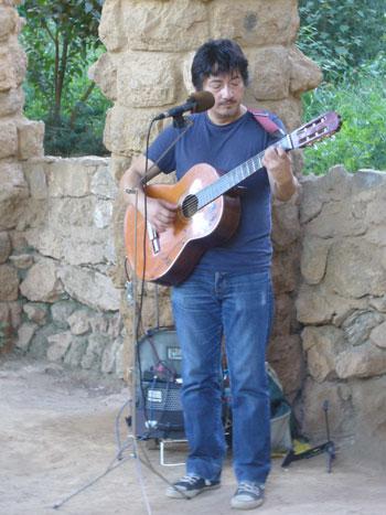 Nelson Poblete en el Parc Güell