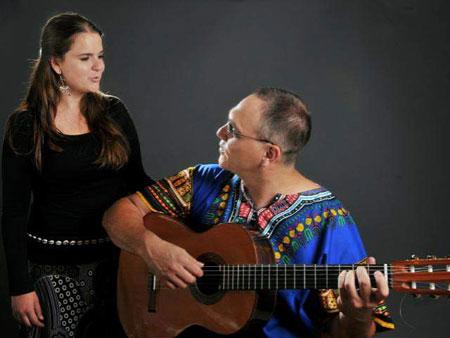 Luz María Carriquiry y Eulogio Moros: Sin líneas en el Mapa.