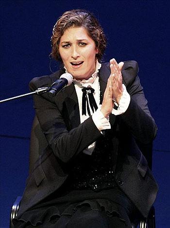 La cantaora Estrella Morente se presenta en el Teatro Municipal de Las Condes en Santiago de Chile, en el primer día de actividades del Festival de Buenos Aires en Chile. © EFE
