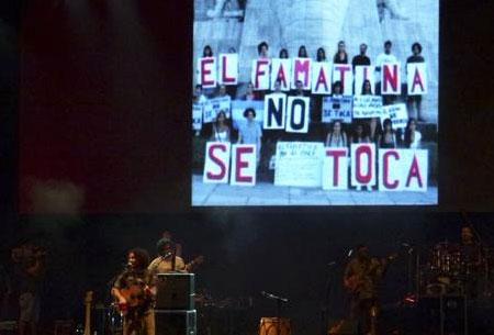 Raly Barrionuevo en Cosquín. © Marina Cornejo/coplasdepueblo.com.ar