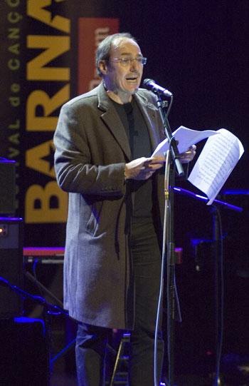 Pere Camps en el discurso de apertura de la decimoséptima edición del Festival BarnaSants. © Xavier Pintanel
