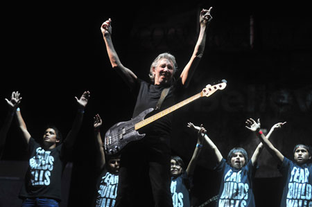 Roger Waters en el estadio Nacional de Santiago de Chile. © AFP