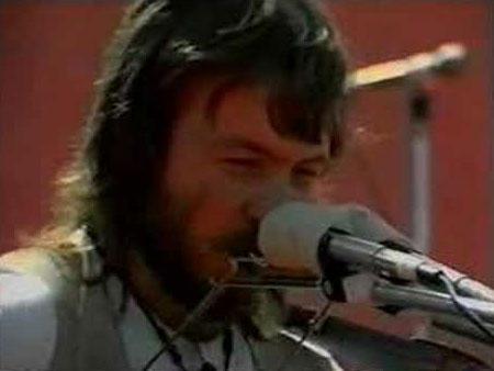 León Gieco en los años que compuso «Hombres de hierro».