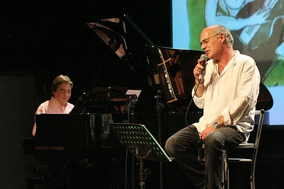 Enric Colomer es otro de los pianistas que participan en el disco «Piano, piano...» de Joan Isaac. © Xavier Pintanel