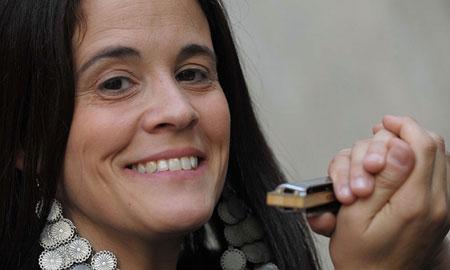 La armoniquista argentina Sandra Vázquez.