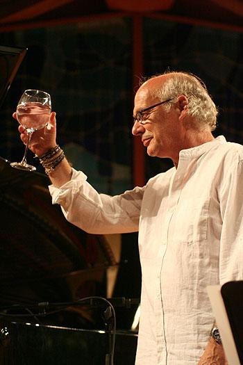 Joan Isaac en el Auditori Pau Casals de El Vendrell. © Xavier Pintanel