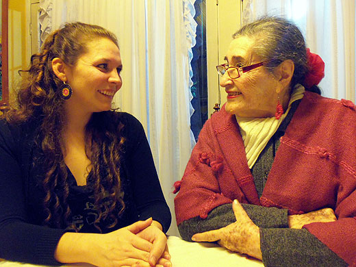 Andrea Andreu con Margot Loyola.