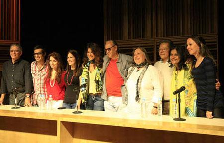 Algunos de los participantes en la presentación de «Cada loco con su tema. Un tributo» «»