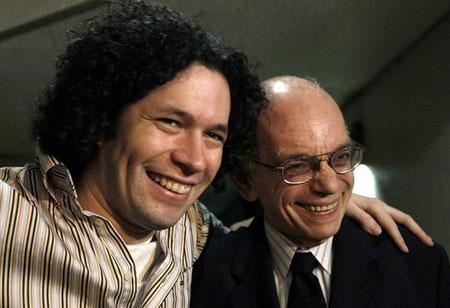 José Antonio Abreu y Gustavo Dudamel. © EFE
