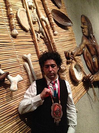 Manuel García es nombrado Embajador de la Cultura Chinchorro.