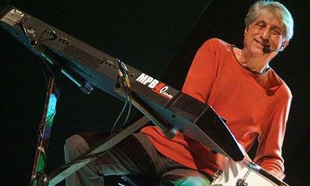 Antônio José Waghabi Filho, más conocido como Magro, integrante del mítico cuarteto MPB4.