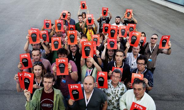 Los representantes de las entidades firmantes hoy en Vic (Cataluña).  © MMVV/Pere Masramon