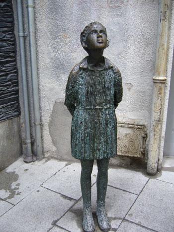 Sense Lluna. Escultura de Anna Manel·la