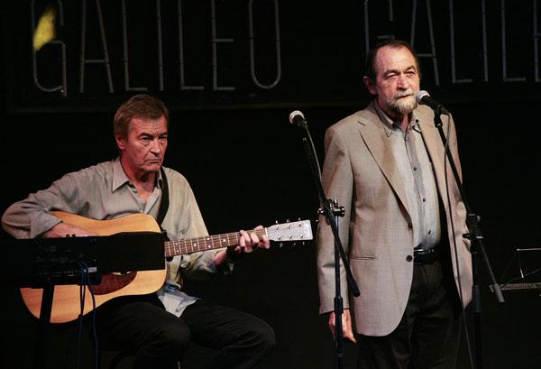 Pablo Guerrero acompañado de Luis Mendo. © Juan Miguel Morales