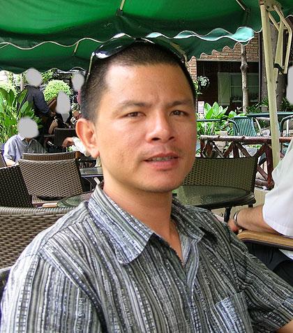 El músico vietnamita Trần Vũ Anh Bình Anh Bình