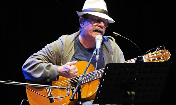 Silvio Rodríguez en el Luna Park de Buenos Aires.