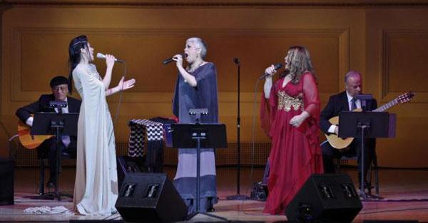 Las cantantes mexicanas Ely Guerra y Eugenia León y la peruana Tania Libertad ofrecieron un homenaje a Chavela Vargas, en el Carnegie Hall de Nueva York (EEUU).