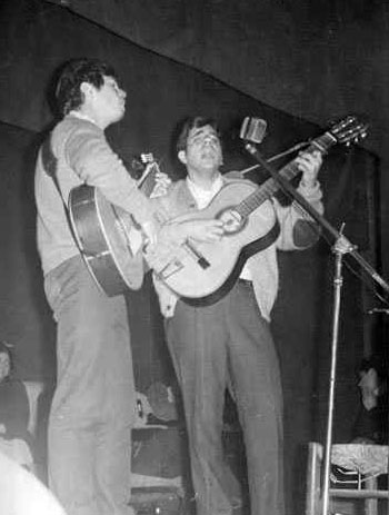 Joan Boix (a la derecha) junto a Eduard Estivill en una foto de 1968.