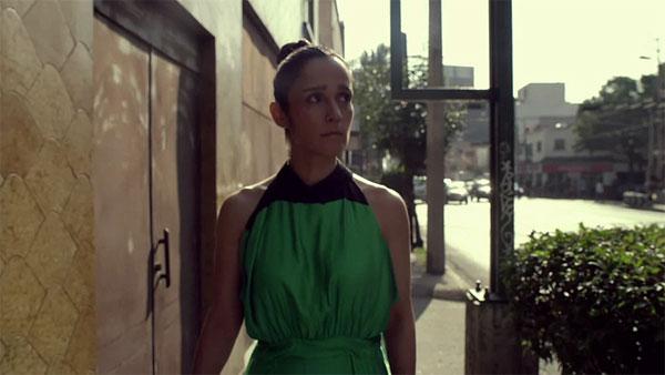 Fotograma deñ videoclip «Tuve que dar» de Julieta Venegas.