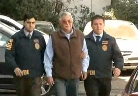 El coronel retirado Pedro Barrientos Núñez, considerado como uno de los dos presuntos autores de los al menos 44 disparos que acabaron con la vida de Víctor Jara, negó que hubiera estado en el Estadio Chile (actual Estadio Víctor Jara).