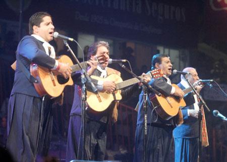 Los Manseros Santiagueños © Paul Amiune