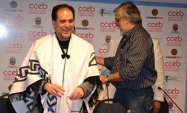 Jorge Coscia (izquierda) en la inauguración de la 53 edición del Festival de Cosquín. © Secretaría de Cultura de la Nación