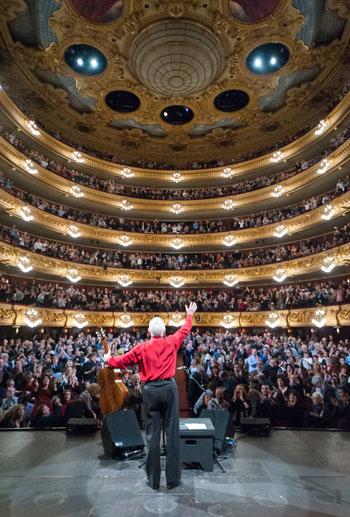 Raimon en el concierto del pasado 30 de noviembre en el Gran Teatre del Liceu de Barcelona. © A. Bofill