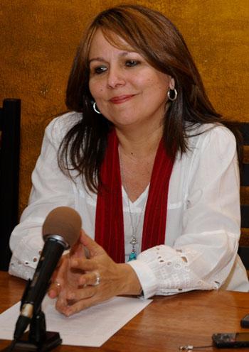 Liuba María Hevia © Calixto N. Llanes