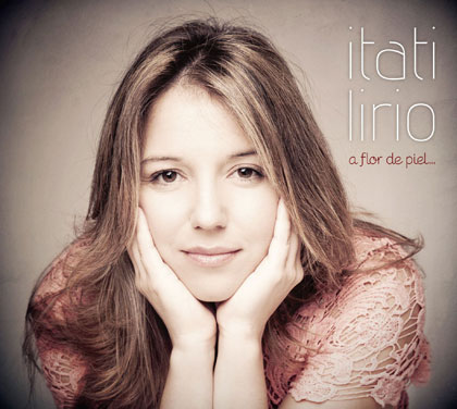 Portada del disco «A Flor de Piel» de Itatí Lirio.