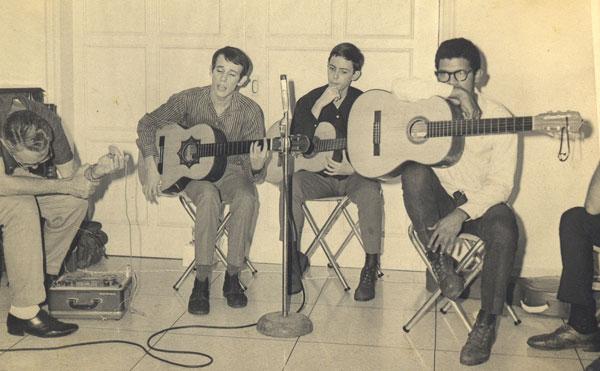 De izquierda a derecha: Silvio Rodríguez, Noel Nicola y Pablo Milanés.