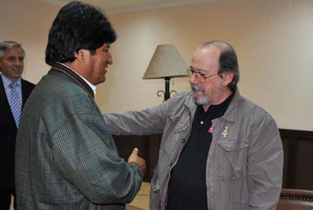 Silvio Rodríguez fue recibido por el presidente de Bolivia, Evo Morales, la semana pasada. © Presidencia del Estado Plurinacional de Bolivia