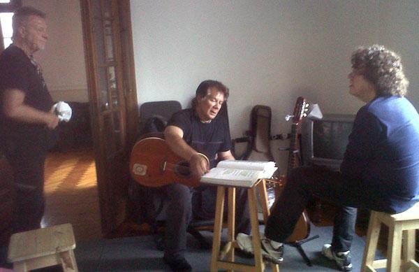 León Gieco, Víctor Heredia y Piero en los ensayos de los conciertos colombianos.