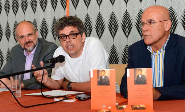 Francisco Pomares, Pedro Guerra y Rafael Yanes en la presentación de ayer. © S. Méndez
