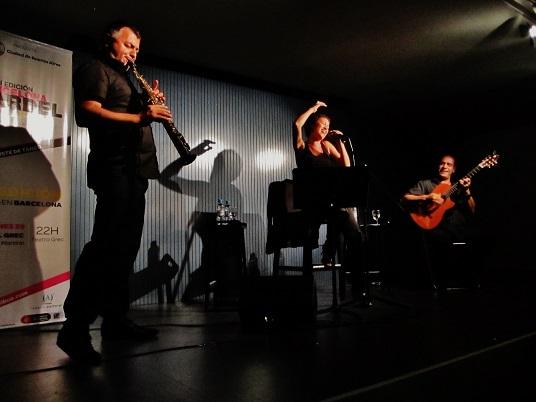 Silvio Zalambani, Sandra Rehder y Gustavo Battaglia en escena © Carles Gracia Escarp