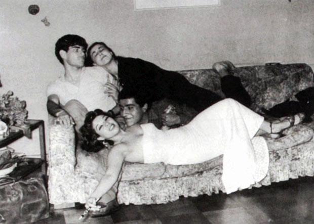 Alejandro Sieveking con María Angélica Figueroa y Víctor Jara con Gaby Legrand.