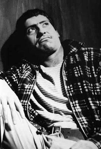 Víctor Jara en «El gesticulador» (1957).