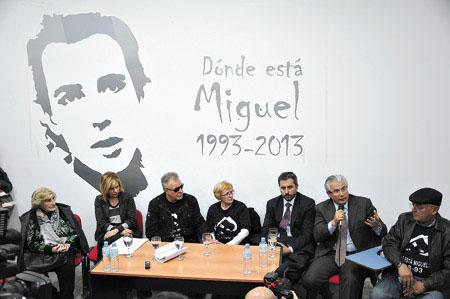 León Gieco recibió el premio Rodolfo Walsh a la Comunicación Popular © Prensa ANM