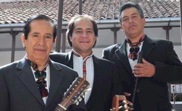 De izquierda a derecha Ernesto Cavour, Franz Valverde y Rolando Encinas. © Gobierno Autónomo Municipal de La Paz