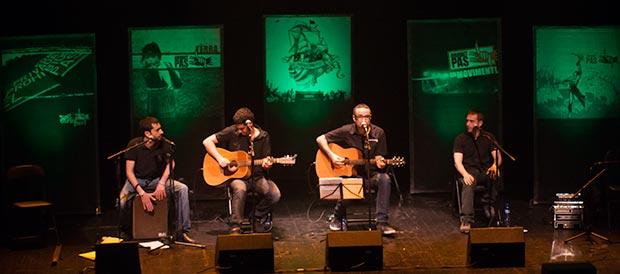 La banda valenciana Obrint Pas. © Xavier Pintanel