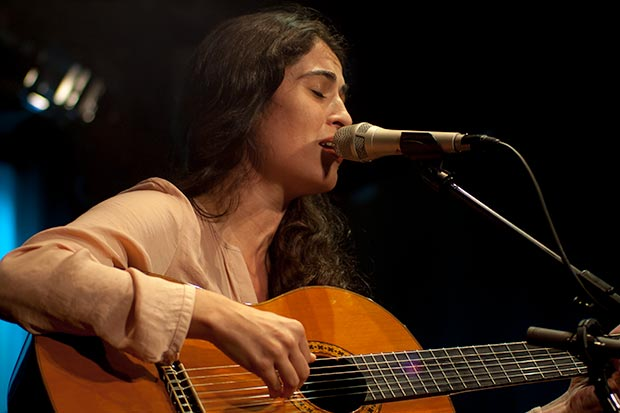 Silvia Pérez Cruz interpreta «Covava l